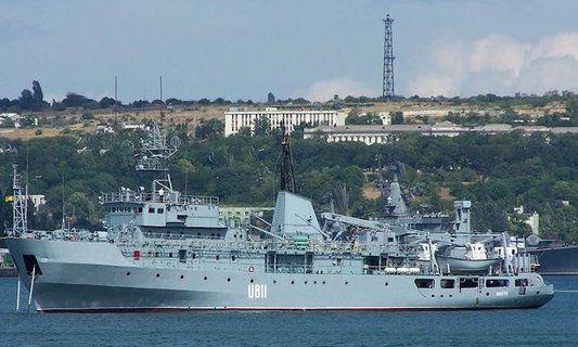 Судно украинских ВМС получило повреждение в Черном море – подробности происшествия