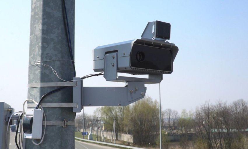 На дорогах Украины заработали еще 20 комплексов автофиксации нарушений ПДД