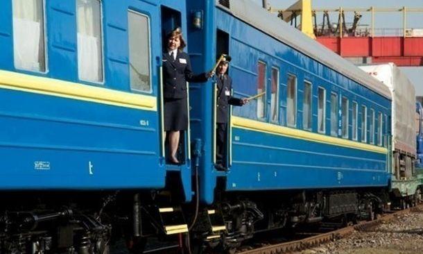 Укрзализныця ко Дню защитников Украины назначила 15 дополнительных поездов