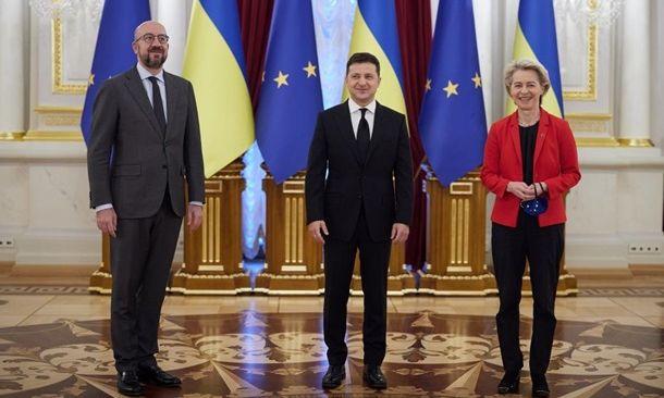 """Открытое небо"", борьба с олигархами и противодействие РФ: итоги саммита Украина – ЕС (ВИДЕО)"
